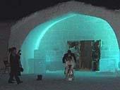 ICE HOTEL(氷のホテル)