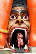 巨大仏像及び建造物恐怖症