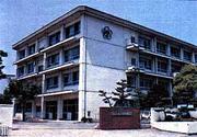 松山市立西中学校