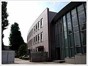 早稲田実業学校の廃止