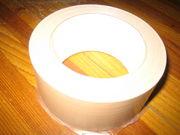 ガムテープは紙より布派だろ