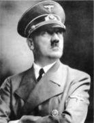 ヒトラー総統を尊敬しています!!