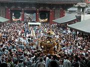 神奈川の神輿はコレからだっ