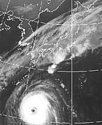 非常に強い台風2013年台風27号