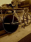 indivi.bicycle.crew.