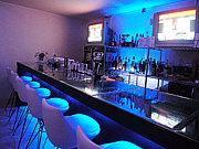 Stylish Bar Soloist
