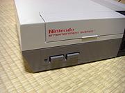 NES (海外版ファミコン)