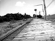 板張りホーム駅
