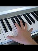 手が小さい楽器弾き