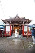 町の小さな神社で挙式