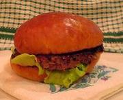 AUNTY-MEE Burger