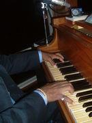 ブライダルピアニスト
