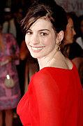 【Anne Hathaway】