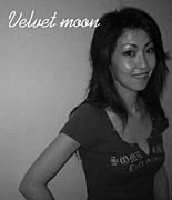 We love Velvet moon